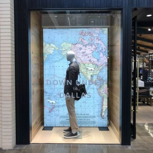Free-standing textile frame for retail window
