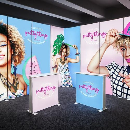 Portable lightbox presentation exhibition stand